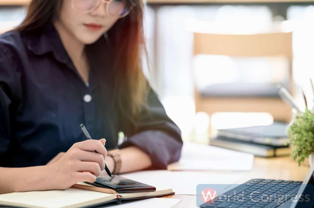 ベトナム語通訳者になるための勉強法|ベトナム語のワールドコングレス